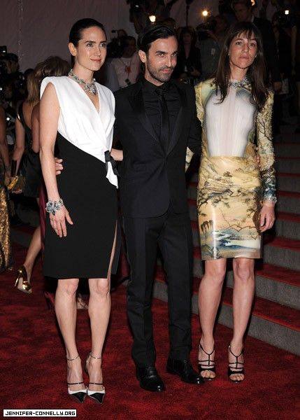 Charlotte Gainsbourg Balenciaga designer Nicholas Ghesquiere with his two muses, Jennifer Connelly and