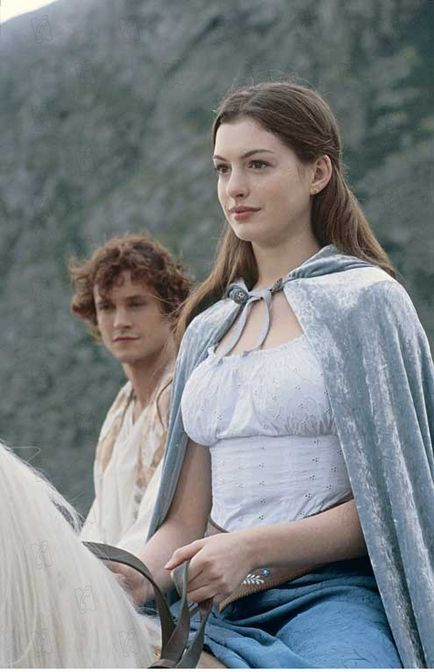 Hugh Dancy  and Anne Hathaway