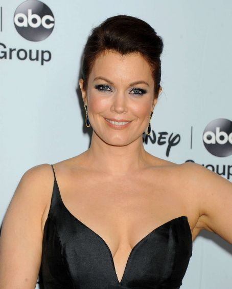 Bellamy Young  Disney Abc Television Group Host 2014 Tca Winter Press Tour