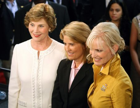 Greta Van Susteren Laura Bush, Fox News'  and Cindy McCain