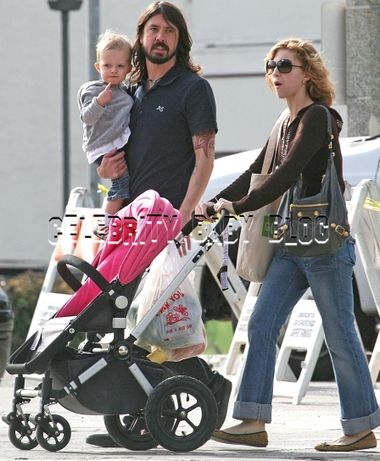 David Grohl Dave Grohl and Jordyn Blum