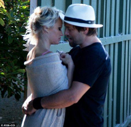 Who is Rick Salomon dating? Rick Salomon girlfriend, wife