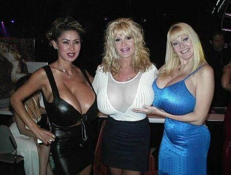 Sable Holiday  and Minka and Kayla Kleevage
