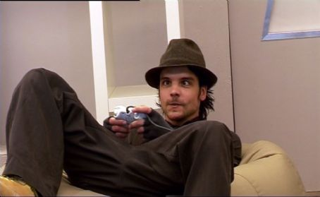 Andrew Lee Potts Andrew-Lee Potts