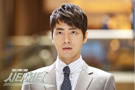 Lee Joon Hyuk as Prosecutor Kim Young Joo in Korean drama City Hunter
