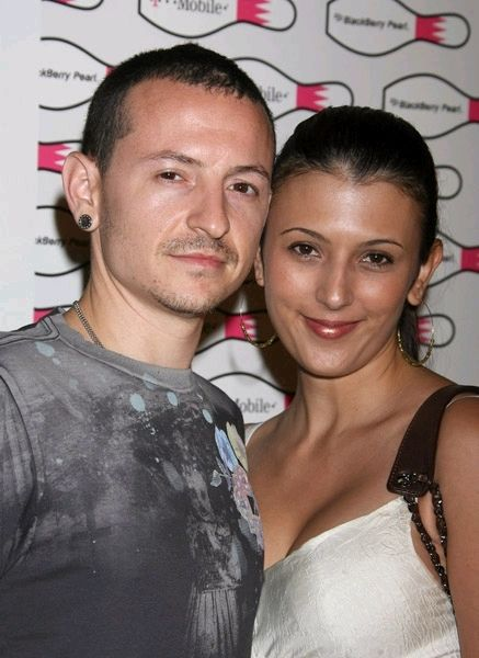 Chester Bennington and Talinda Bentley Chester Bennington and Talinda Bennington