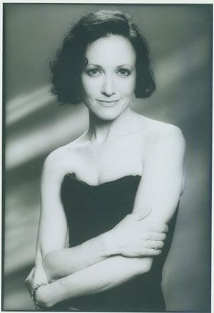 Bebe Neuwirth Photos (70) Quotes (18) Lyrics Magazine C