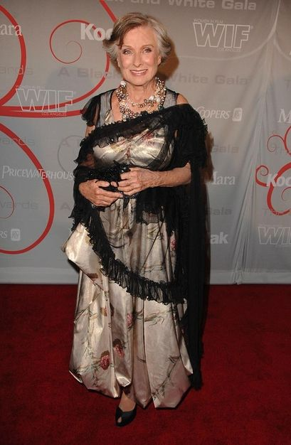 Cloris Leachman - Wallpaper Gallery