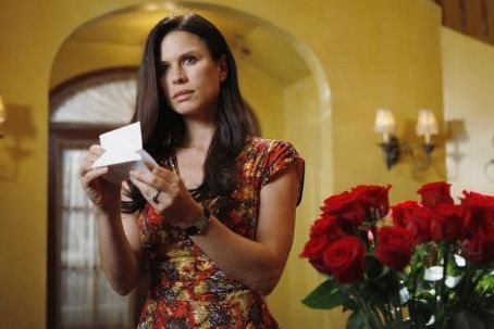 Rhona Mitra - The Gates (2010)