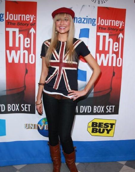 30 Rock  cutie Katrina Bowden looking incredibly hot at the 1007 NYC premiere of AMAZING JOURNEY: THE STORY OF THE WHO