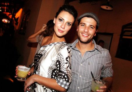 Bruno Gagliasso  and Camila Rodrigues