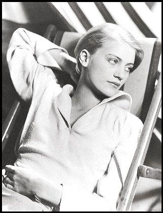 Elizabeth Lee Miller