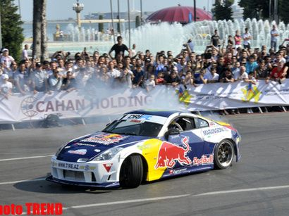 David Coulthard demonstrated the show in Baku