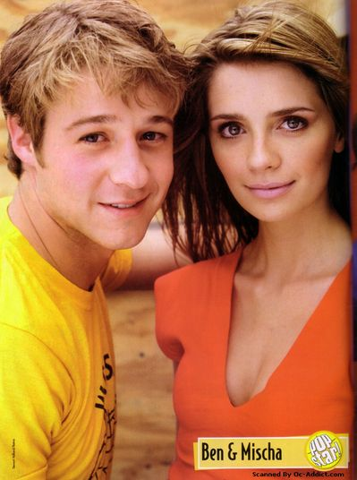 The O.C. Mischa Barton as Marissa Cooper and Benjamin McKenzie as Ryan Atwood in  (2003)