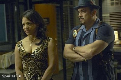 Lauren Velez As Lt. Maria Laguerta And David Zayas As Angel Batista In The Fifth Season Of Dexter (2010)