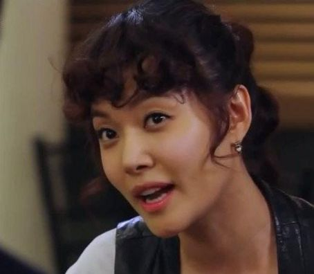 Deuk-Hee Ga Queen in Hyun's Man (2012)
