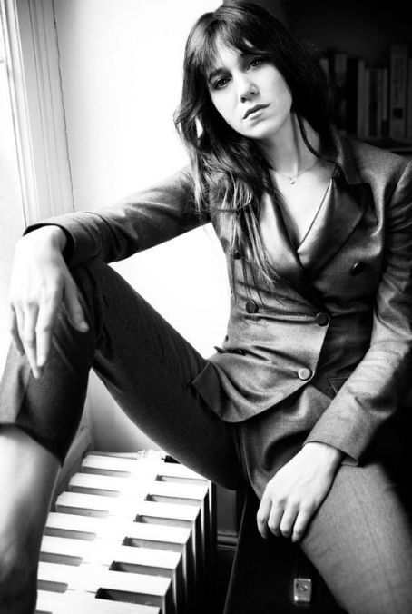 Charlotte Gainsbourg - Oyster Magazine Pictorial [Australia] (1 April 2012)