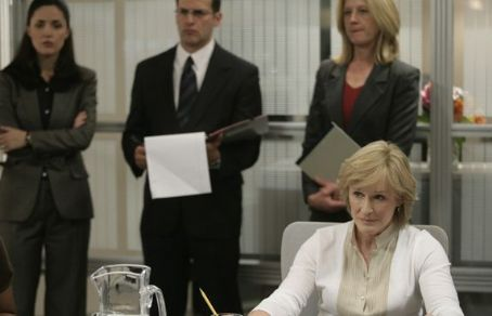 Damages Glenn Close star as Patty Hewes in drama mystery thriller '.'