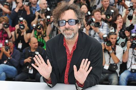 Tim Burton's 'Peculiar Children,' 'Munsters' Live Again