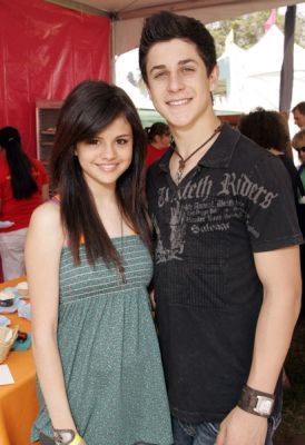 Wizards of Waverly Place Selena Gomez and David Henrie
