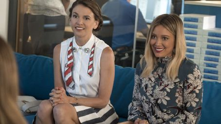 'Younger' Creator Darren Star: Liza's Confession Is a Springboard for Season 4