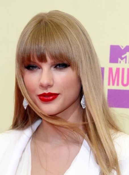 Taylor Swift MTV VMAs 2012 Pictures