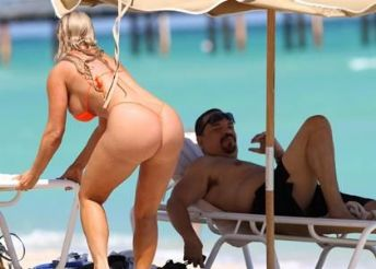 Ice-T And Bikini-Clad Coco: Miami Beach Relaxation
