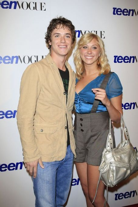 Jeremy Sumpter and Alyssa Tabit Picture - Photo of Jeremy Sumpter ...