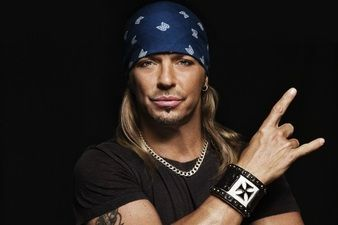 Bret Michaels Donates To Arizona Therapeutic Horse Ranch