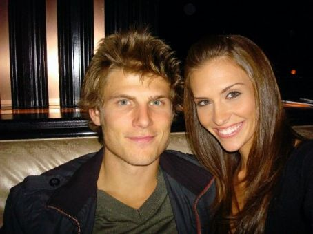 Travis Van Winkle  and girlfriend Jamie Hill