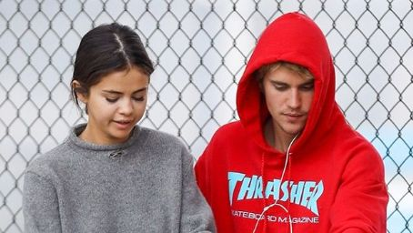Justin Bieber & Selena Gomez Reportedly Talked Eloping After Getting Back Together