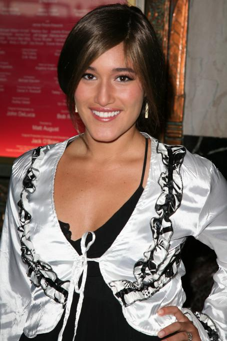 How the Grinch Stole Christmas Q'Orianka Kilcher - Los Angeles Premiere Of Dr. Seuss' 'How The Grinch Stole Christmas' At The Pantages Theatre On November 14, 2009