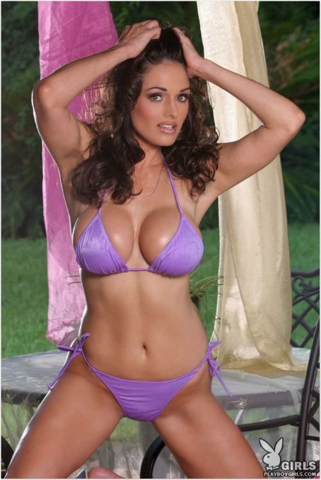 Kellie Maines Hot Babes  Gallery