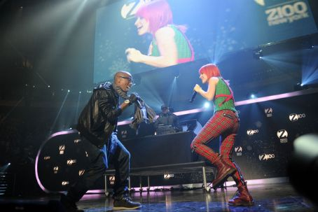 Hayley Williams - Z100's Jingle Ball 2010 Presented By H&M - Show