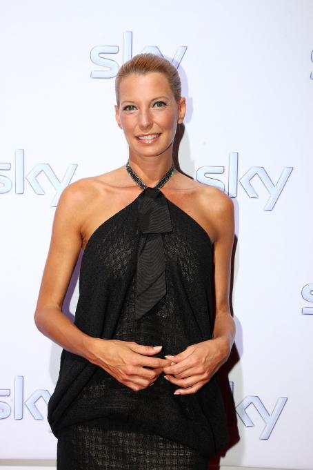 Giulia Siegel - Sky Pay TV Channel Launch At Schrannenhalle On July 3, 2009 In Munich, Germany.
