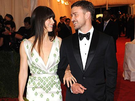 Justin Timberlake & Jessica Biel Celebrate Their Engagement at Cocktail Party