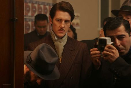 Gabriel Mann  as Chaz Davenport in Rachel Samuels' DARK STREETS. Photos by: Jack Zeman. Copyright: Samuel Goldwyn Films / LA DARK STREETS, LLC .