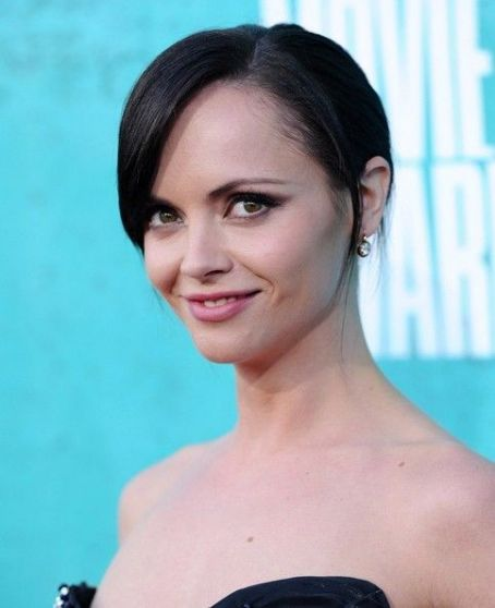Christina Ricci arrives at the 2012 MTV Movie Awards held at Gibson Amphitheatre on June 3, 2012 in Universal City, California