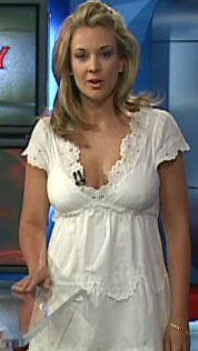 Nicole Briscoe Hot http://www.the-mainboard.com/index.php?threads/samantha-steele-to-replace-erin-andrews-on-college-gameday.113164/