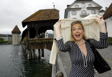 Jennifer Gareis  - During A Visit In Lucerne, Switzerland - 04.05.2009