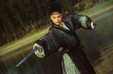 "Brigitte Lin  as ""Murong Yin/Murong Yang"" Photo by Lau Wai Keung and Chan Yuen Kai © 1994, 2008 Block 2 Pictures Inc., Courtesy of Sony Pictures Classics. All Rights Reserved."