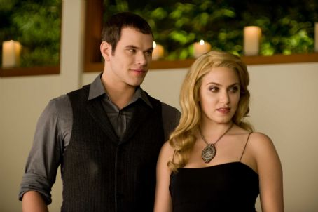 Rosalie Hale (Left to right) KELLAN LUTZ stars as Emmett Cullen and NIKKI REED stars as  in THE TWILIGHT SAGA: NEW MOON. Photo Credit: Kimberley French. All Images © 2009 Summit Entertainment, LLC. All rights reserved.