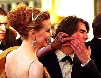 Tom Cruise, Nicole Kidman pop a zit