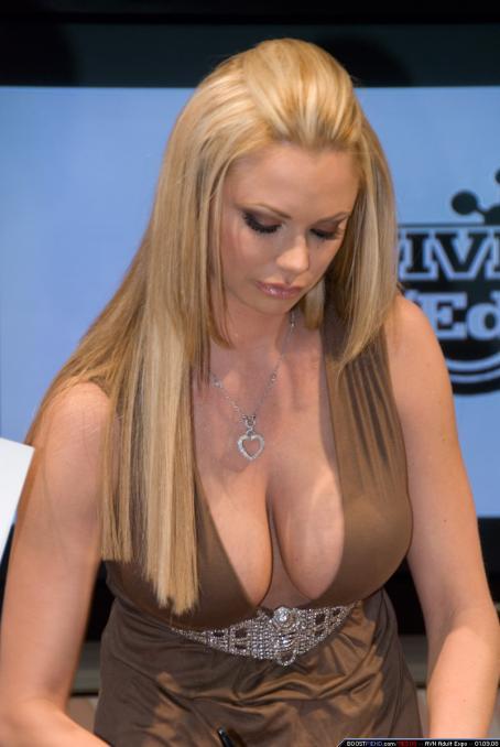 Briana Banks  - AEE 2008