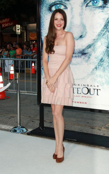 Jacinda Barrett - Los Angeles Premiere Of 'Whiteout' At The Mann Village Theater In Westwood, California On September 9, 2009