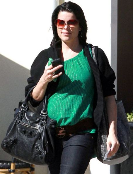 Neve Campbell Is Pregnant -- See Her Bump!