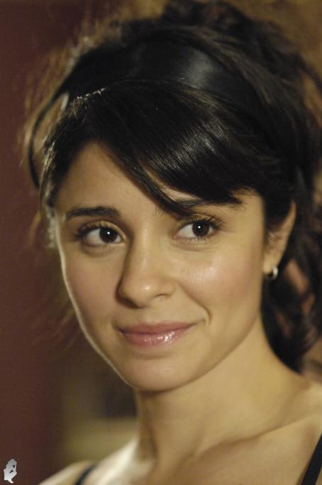 To Love and Die - Shiri Appleby - To Love And Die Movie Stills (2008)