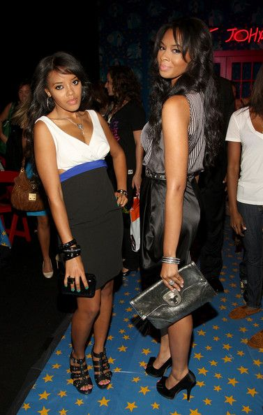 Vanessa Simmons  Photograph