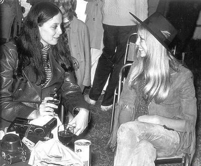 Sara Lownds and Pattie Boyd