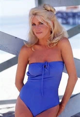Suzanne Somers as Crissy Snow